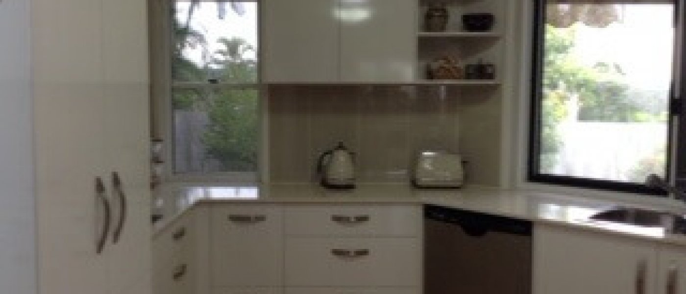 Couples New white Kitchen on the Sunshine Coast